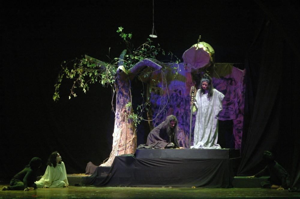 Foto - Pergelaran Teater PGRI Demit & Setan