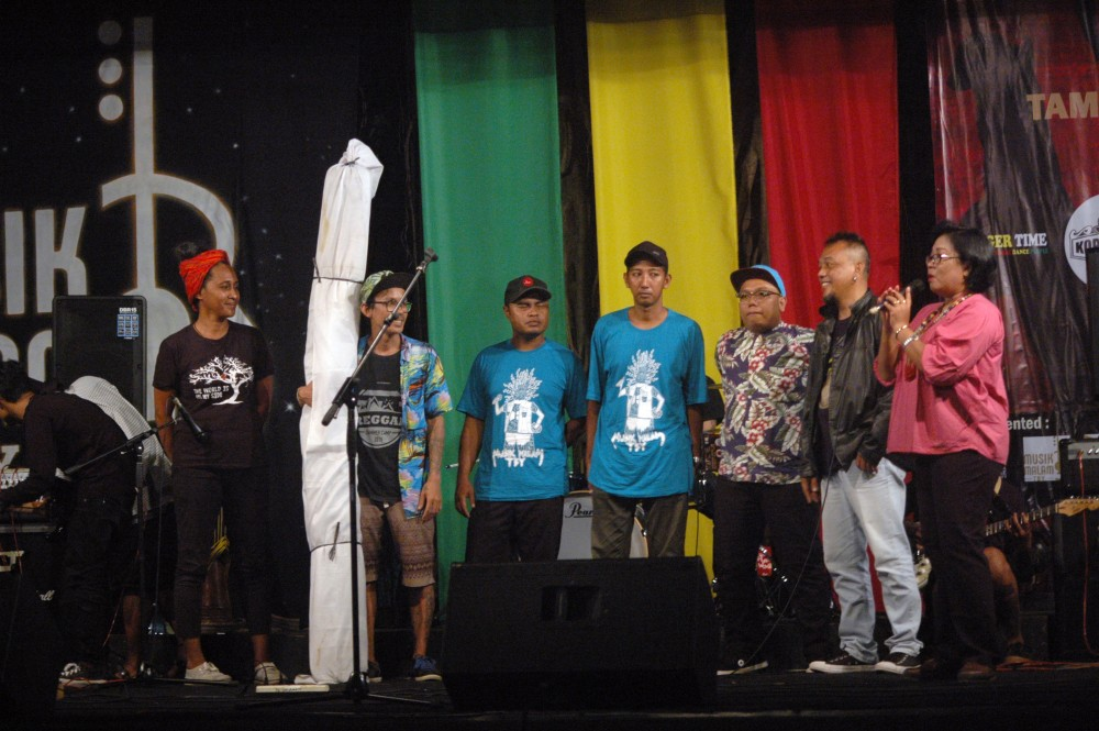 Foto - Musik Malam, Yogyakarta Reggae Revolution