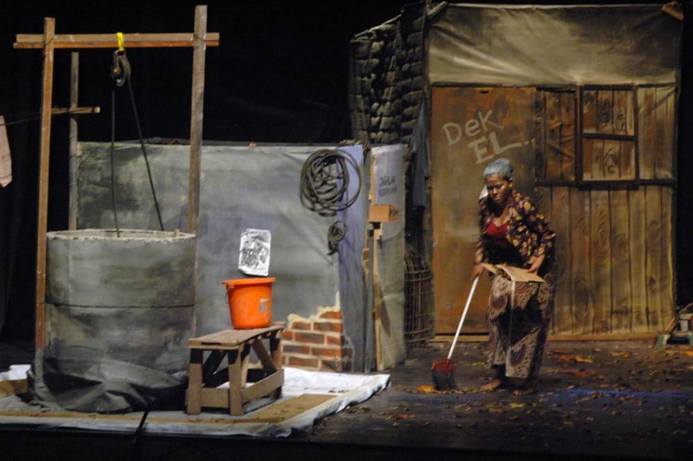 Foto - TUK, Pergelaran Sandiwara Bahasa Jawa, Teater Badjoebarat