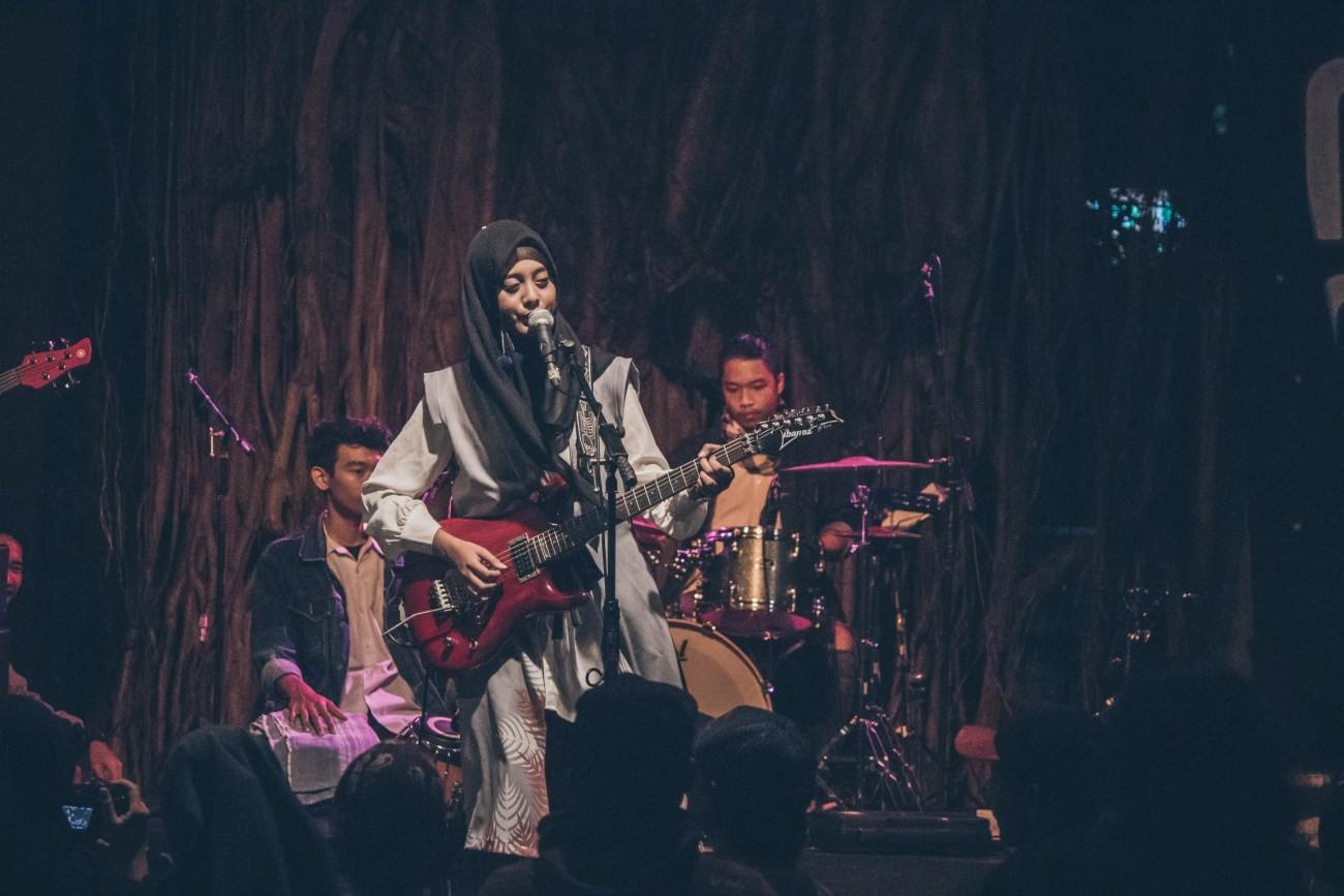 Foto - Musik Malam #2: Musik Asik